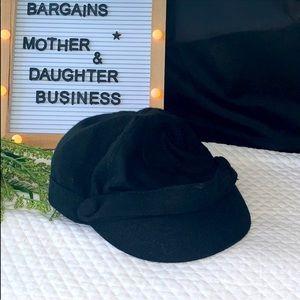 AVON MARK ONE SIZE BEANIE BERET HAT Black